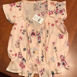 Brand new size small American Rah cute floral top